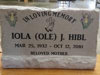 Slant headstone without base